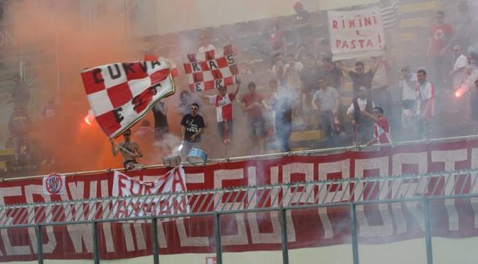 Red White Supporters (foto Poggi)